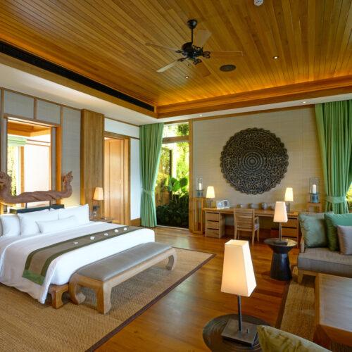 Bedroom-garden-and-ocean-view-500x500